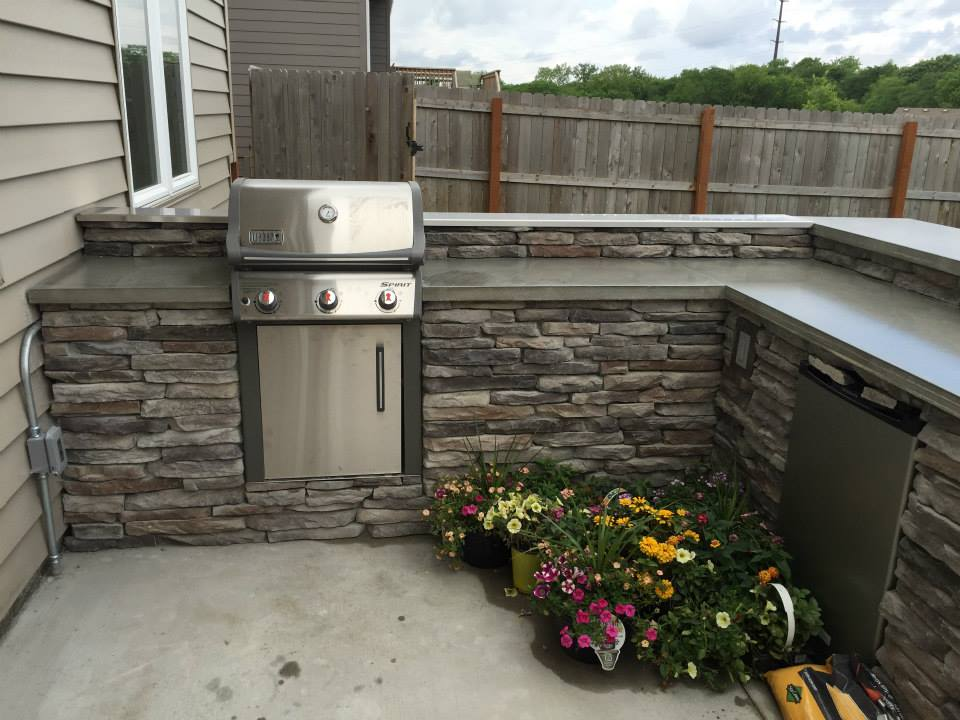 Outdoor kitchen Landscaiping Services